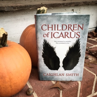 Icarus_pooledinkreviews bookstagram-edit